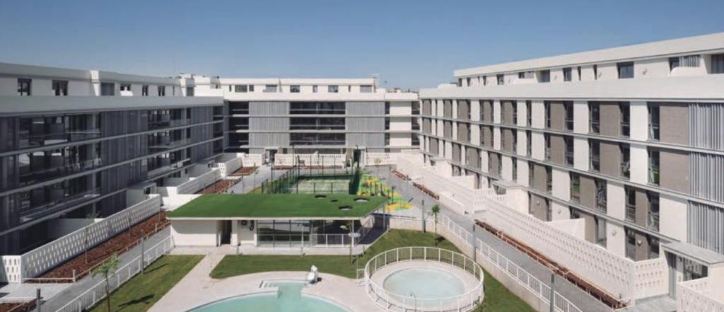 El residencial Habitat Bulevar, de Gabriel Verd y Buró4, nominado a los 'Building of the year 2020' de ArchDaily